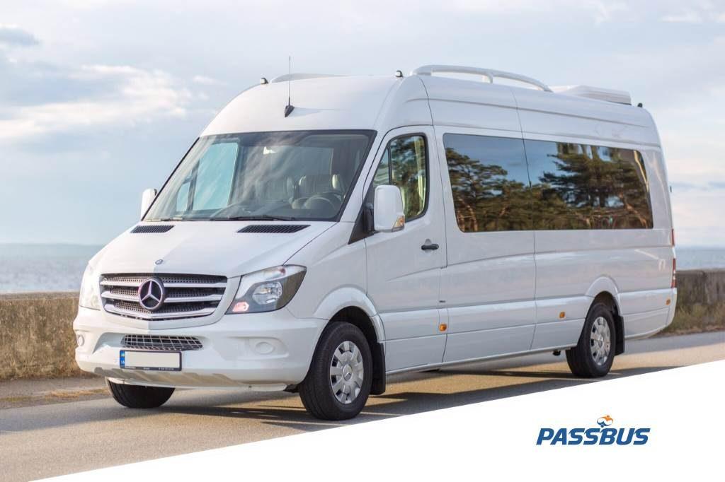 Заказ микроавтобуса Mercedes-Benz Sprinter 2016 года