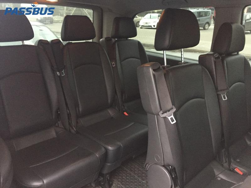 Заказ минивэна Mercedes-Benz Vito с водителем в Киеве для трансфера